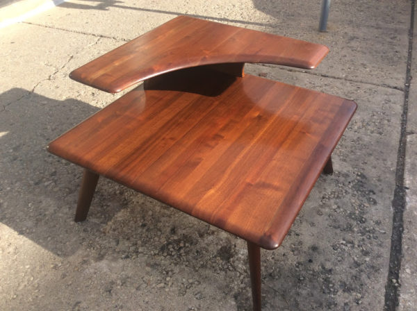 vintage bissman two tier end table mid century modern trash treasures. Black Bedroom Furniture Sets. Home Design Ideas